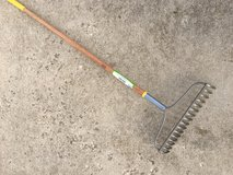 Expert Gardener Rake in Chicago, Illinois