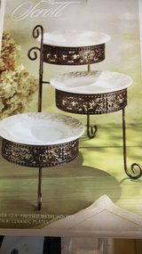 ***BRAND NEW***Elegant Scroll Design Serving Tier Plates*** in Houston, Texas
