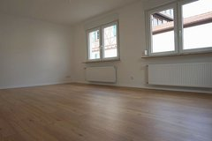 Cute modernized home- 3 BR- 5 min to Clay in Wiesbaden, GE
