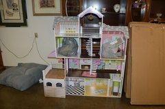 Like New Doll House with furniture in Fort Lewis, Washington