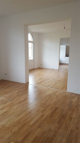 Historical building- modern flat with elevator, parking in downtown in Wiesbaden, GE