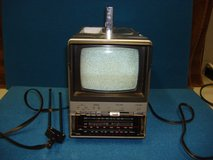 "SEARS BLACK & WHITE 5 "" PORTABLE AM/FM/TV in Plainfield, Illinois"