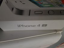 iPhone 4 s 32 g come with charger in Ramstein, Germany