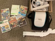 Wii video games and accessories in Naperville, Illinois