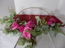 "16"" Pink Roses on Wire Frame Wreath in Joliet, Illinois"