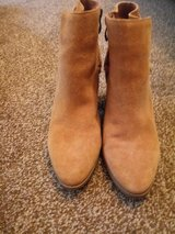 women's boots size 8 in Camp Lejeune, North Carolina