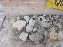 Landscaping flat rocks in Alamogordo, New Mexico