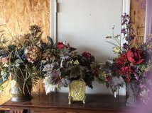 Multiple floral arrangements in Alamogordo, New Mexico
