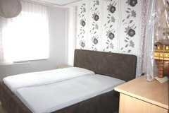 Downtown Landstuhl, Cute and Furnished 1 Bedrm Apartment in Ramstein, Germany