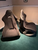 video game chairs in St. Charles, Illinois