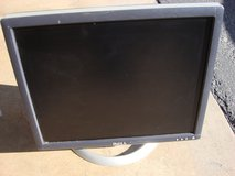 "DEL 17 "" FLAT SCREEN MONITOR in St. Charles, Illinois"