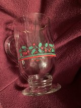 Vintage Christmas Holiday Glasses/Mugs in Clarksville, Tennessee