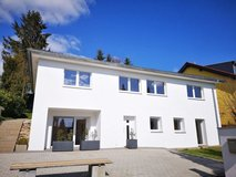 Modern 5 BR, 3 BA one family house- 10 min to Hainerberg in Wiesbaden, GE
