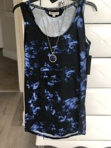T shirt new dress with jewelry in Pasadena, Texas
