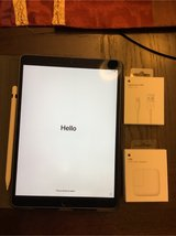 2017 IPad Pro with pencil, case and new USB Adapter and Cable in Warner Robins, Georgia