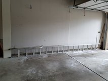Extension ladder - aluminum - 32 feet long in St. Charles, Illinois