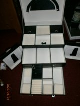 LOVELY BLACK LARGE JEWLERY BOX in Lakenheath, UK