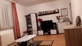 Fully Furnished Airbnb type 110 sqm Apartment close to Gate 1 in Grafenwoehr, GE