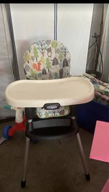 Graco high chair in Clarksville, Tennessee