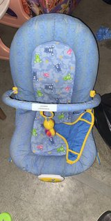 Bouncy seat in Clarksville, Tennessee