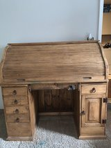 desk, solid wood, roll top in Yorkville, Illinois