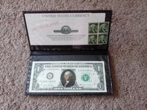 GEORGE WASHINGTON COLORIZED NOVELTY ONE DOLLAR $1 BILL IN FOLDER AND WITH STAMPS in Chicago, Illinois