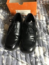 Children's black dress shoes size 3 in Westmont, Illinois