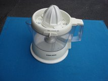 DLACK 7 DEKER 32 OZ.  ELECTRIC JUICER in Chicago, Illinois