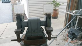 Heavy duty bench grinder in Plainfield, Illinois