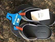 Columbia  Flip Flop size 3 young in 29 Palms, California