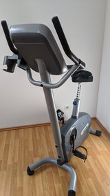Precor 846i Stationary Exercise Bike in Ramstein, Germany