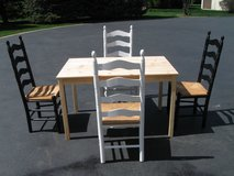 Table & 4 Chairs in Naperville, Illinois