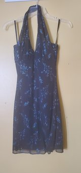Junior's Dress Size Small in Naperville, Illinois