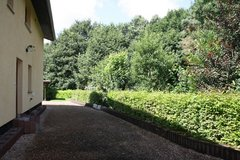 Available now!! Beautiful and Large 3 Bedroom House w/ Carport in Ramstein School District - 5 m... in Ramstein, Germany