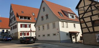 Newly refurbished bright and sunny, charming 3BR apartment in Stuttgart, GE