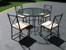 Table & Chairs in Chicago, Illinois