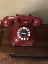 Retro Red Telephone by Godinger Silver Art Co. - Excellent Working Condition! in Batavia, Illinois