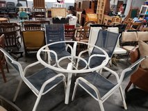 Upscale 5 pc white painted aluminum and steel patio set (NO GLASS) in Westmont, Illinois