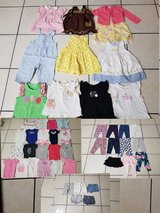 9 months baby girl clothes in Naperville, Illinois
