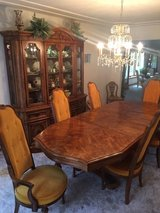 High-end Dining Room Set in Tinley Park, Illinois
