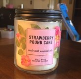 New 7 Oz Candle in Chicago, Illinois