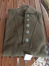 NEW OLIVE DRAB GREEN SWEATER in Ramstein, Germany