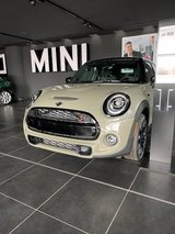 24% Discount - New 2020 Mini Cooper S 4-door Military edition *Free home shipping in Ramstein, Germany