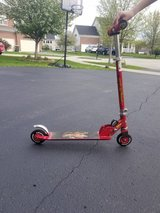 Foldable Disney Pixar Cars Lightning McQueen Scooter by Huffy Excellent Condition in Plainfield, Illinois