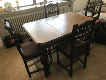Antique table and chairs in Jacksonville, Florida