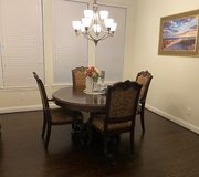 Moving Sale: Lovely Dining Room Set in Pearland, Texas