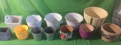 12 flower pots - various sizes in Ramstein, Germany