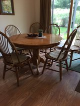 Kitchen table set with 6 chairs in Morris, Illinois