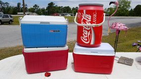 Red & White Rubbermaid Cooler #1581-863 in Camp Lejeune, North Carolina