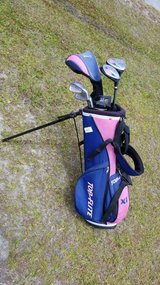 Junior Pink & Blue Golf Set in Top-Flight Bag #1326-2416 in Camp Lejeune, North Carolina